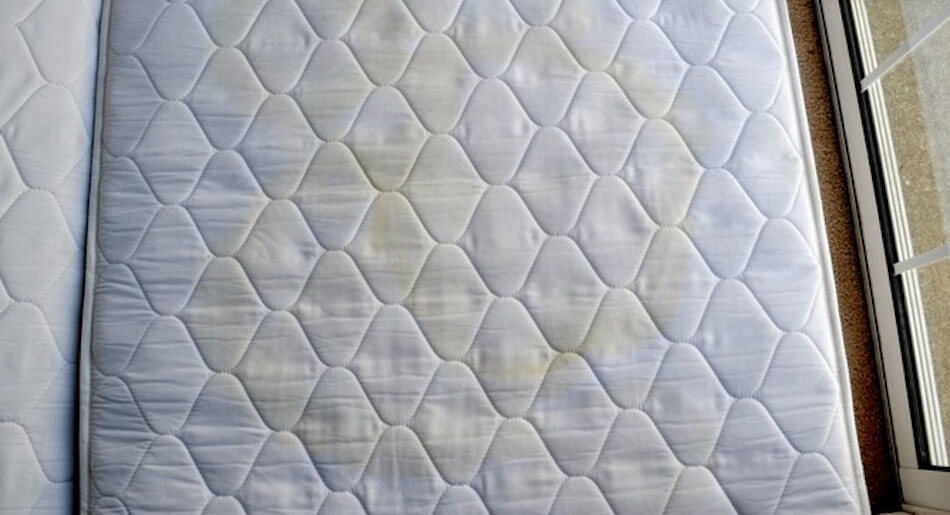 Zweetvlekken verwijderen en tips om ze te voorkomen